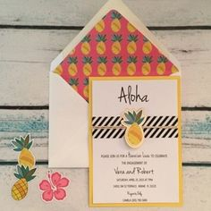 Aloha ❤️ new invitation in the shop ❤️ #aloha #luau #hawaii #hawaianparty #luauinvitation #pineapple #pineapplestationery #convites #confettipaperie #washitape #yellowandpink #babyshower #bridalshower #engagement