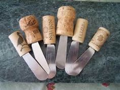 25 Awesome DIY Wine Cork Projects