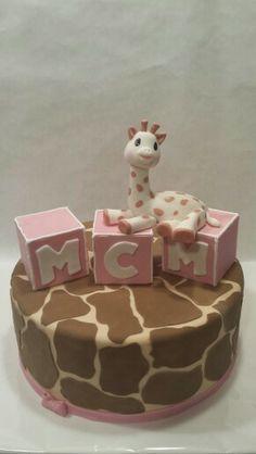 Sophie la girafe first birthday Giraffe Birthday Parties, Giraffe Party, Giraffe Cakes, Baby Shower Giraffe, Baby Girl First Birthday, Birthday Cake Girls, First Birthday Cakes, Baby Shower Cakes, First Birthday Parties