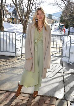 All the Fashion From the 2020 Sundance Film Festival Sienna Miller Style, Marisa Miller, Multiple Outfits, Sundance Film Festival, Cold Weather Fashion, Kendall Jenner Outfits, Victoria Dress, Red Carpet Fashion, Timeless Fashion