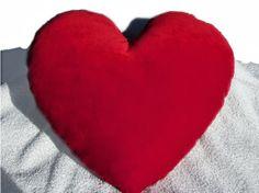 ispirazione eklektika: cuscino cuore fai da te