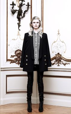12 famososo diseñadores crean colección de Punk From Chaos to Couture - Blog de Mosca Footwear