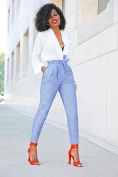 Outfit Details: Top (old-sold out): Similar here, here or there Work Fashion, Fashion Pants, Fashion Looks, Fashion Outfits, Womens Fashion, Emo Fashion, African Fashion, Fashion Fashion, Latest Fashion