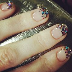 Confetti nails - New Year's Eve nails - nail art - manicure - NYE