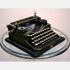 1920s Underwood 4-Bank Green, from Kasbah Mod.