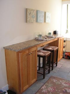 Kitchen islands with breakfast bar wall bar granite for Galley kitchen with breakfast nook