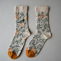 To know more about Bonne Maison socks, visit Sumally, a social network that gathers together all the wanted things in the world! Featuring over 97 other Bonne Maison items too! Looks Style, Style Me, Style Feminin, Fru Fru, Retro Stil, Cute Socks, Awesome Socks, Inspiration Mode, Happy Socks