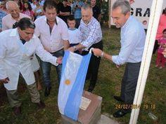 Descubrimiento de placa a cargo del Presidente Sr.Walter Rasente