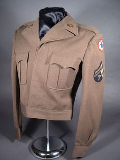 85aa81f073a WWII U.S. Army Ike Jacket Tailor Made  fashion  clothing  shoes   accessories