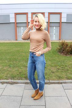 Как и с чем носить водолазку - стильные заметки #turtleneck #howtowear #beigsweater #chicoutfit #suede #minimalism #chicandminimal #style #fashion #стильимода #лук #минимализм #momjeans #стильныйобраз