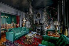 Gothic Living Rooms, Gothic Room, Living Room Murals, Gothic House, My Living Room, Living Room Interior, Victorian Living Room Wallpaper, Dark Living Rooms, Interior Modern