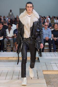 Défilé Alexander McQueen Printemps-été 2018 9 La Mode Masculine, Mode Homme,  Manteau 87dc0b1556e