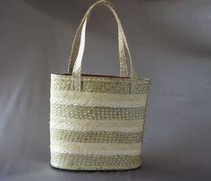 Straw beach bag tan woven bag mint vintage woven by PurseFancy