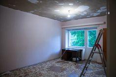 Katon maalit lattialla