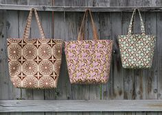 Fabric Gift Bag tutorial - FreeSpirit Fabric: 12 Weeks of Christmas-Week Sewing Crafts, Sewing Projects, Quilting Projects, Sewing Ideas, Diy Projects, Free Spirit Fabrics, Leather Duffle Bag, Fabric Gift Bags, Pouch Pattern