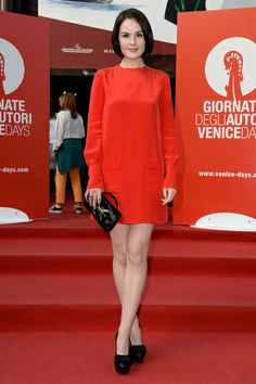 #DowntonAbbey Star Michelle Dockery's Celebrity Style – Michelle Dockery's Long Sleeve Shift Dress | OK! Magazine