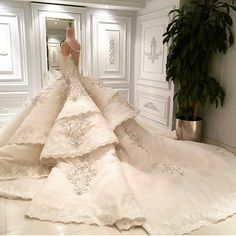 Loving this extravagant wedding gown by @jacykayofficial. With exceptional play on layer, dimension and structure, we particularly love the addition of embroidery detailing! You'll definitely be the queen of the day in this gown. Love it? Show some love and tag a friend who'll love this!  Follow @Bikinis to keep up with the latest trends on Instagram!  @Bikinis @Bikinis☀️ @Bikinis