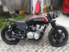 Cafe Racer Honda, Cafe Racer Motorcycle, Motorcycle Style, Cb750 Cafe, Scrambler, Cafe Racing, Auto Racing, Cb 450, Vintage Cafe