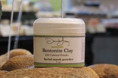 BENTONITE CLAY FACIAL MASK POWDER: David Lee Naturals facial mask powder is a great addition to add to any beauty routine. Benefits of this mask include: draws out toxins, evens out skin tone, rids dead skin cells, removes oil from skin, and softens skin. To Use:  Mix each application with an equal amount of liquid