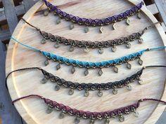 gypsy macrame necklace/choker with brass & wooden beads Macrame Headband, Macrame Necklace, Macrame Jewelry, Macrame Bracelets, Ankle Bracelets, Diy Jewelry, Jewelry Design, Jewelry Making, Unique Jewelry