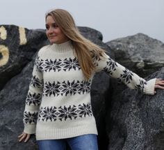 Sweater  made of 100% pure Wool by Norwool, Norway