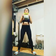kettlebell training,kettlebell crossfit,kettlebell routine,kettlebell results Hiit, Kettlebell Workout Routines, Kettlebell Workouts For Women, Kettlebell Abs, Kettlebell Training, Gym Workouts, At Home Workouts, Boxing Workout, Kettlebell Challenge