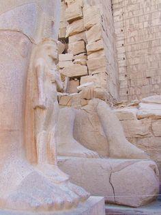 Egipto, Templo de Karnak, Pinedyem I, mayo 2012