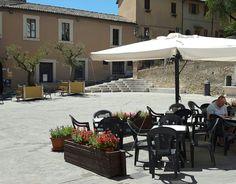 San Gemini. Piazza San Francesco
