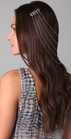 Egyptian Hair Chain - I think that looks great with a casual up-do - Trend Scrunchie Hairstyles Bridal Hair Chain, Bridal Hair Pins, Headband Hairstyles, Cool Hairstyles, Wedding Hairstyles, Egyptian Hairstyles, Piercing, Boho Headpiece, Gold Hair Accessories