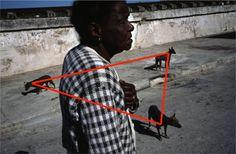 Composição (Triângulo/ Vetores) © Alex Webb / Magnum Photos / CUBA. Matanzas. 2008.