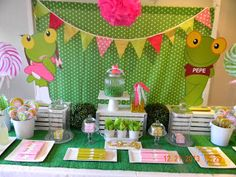 Cumples Tematicos: SAPO PEPE Leap Year Birthday, Throw A Party, Birthday Parties, Backdrops, Table Settings, Scrap, Party Ideas, Victoria, Decoration