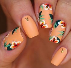 Minimalist Nail Art, Diy Ongles, Tropical Nail Designs, Tropical Nail Art, Orange Nail Designs, Tropical Flower Nails, Orange Nail Art, Cute Summer Nails, Spring Nails