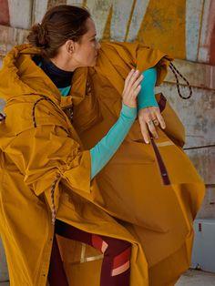 A First Look at Roksanda Ilincic's Lululemon Collaboration | Vogue Shop Lululemon, Lululemon Kids, Shades Of Violet, Slouchy Boots, Wearing All Black, Luxury Marketing, Find Color, Roksanda, Yoga Wear