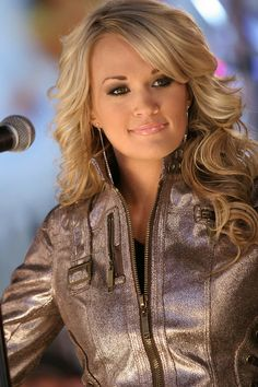 Carrie Underwood New Album, Carrie Underwood Pictures, Beautiful Wife, Gorgeous Women, Gorgeous Girl, Country Women, Celebs, Celebrities, Pretty Face