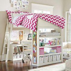 Comment aménager l'espace sous un lit en hauteur.