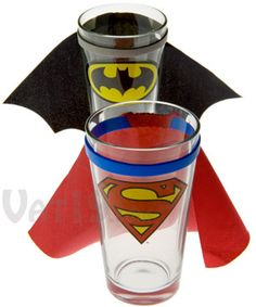 Superman and Batman pint glasses with removable capes. Superman Party, Superman Birthday, Superhero Birthday Party, Birthday Parties, Birthday Ideas, Superhero Kids, Party Themes, Party Ideas, Geek Stuff