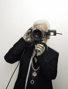 Carl Lagerfeld (yes, he's also a good photographer) with his Hasselblad.AL.