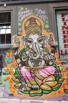 Street art in Melbourne is like work, professional. The lovely people have another attitude about street art than in Berlin haha. Ganesh street art in Melbourne. Graffiti Art, Tachisme, Amazing Street Art, Amazing Art, Incredible India, Art Du Monde, Lord Ganesha, Ganesha Art, Ganesh Tattoo