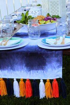 Gorgeous summer Pie & Tie Dye Birthday Bash with tons of DIY ideas. Dip Dye Curtains, Shibori, Tie Dye Party, Fourth Of July Decor, Blue Party, Kitchen Dinning, Craft Party, Home Textile, Event Decor