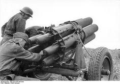 German 15 cm Nebelwerfer 41 multiple rocket launcher in Russia summer 1942. Credit: Bundesarchiv Bild 101I-078-3074-30.