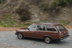 Mercedes Motoring - 1984 300TD Turbo Diesel Station Wagon