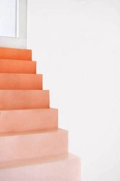 6 Rookie Mistakes to Avoid When Decorating with Pantone's Color of the Year Coral Pantone, Pantone Color, Home Decoracion, Orange Aesthetic, Live Coral, Terracota, Color Harmony, Harmony Design, Diy Décoration