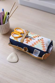 Carry-all Pincushion from Handmade Style by Anna Graham