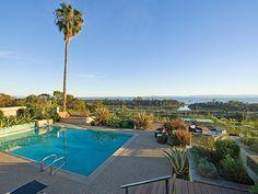 Alles, was das (Urlauber-)Herz begehrt - Ein Pool unter Palmen bei wunderschönem Panorama! | Montecito, Kalifornien, USA, Objekt-Nr. 393380