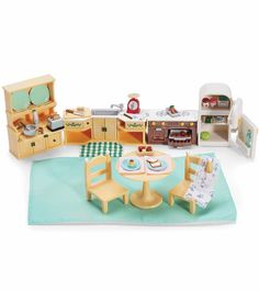 1000 images about child toys ages 4 years old on for Kitchen set for 1 year old