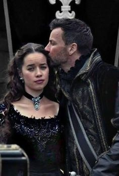 Reign 3x5 King Francis' funeral #reign #annapopplewell #craigparker #ladylola #narcisse