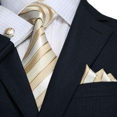 Beige and Cream Stripe Necktie Set – Toramon Necktie Company Sharp Dressed Man, Well Dressed Men, Mens Fashion Suits, Mens Suits, Men's Fashion, Camisa Beige, Tie And Pocket Square, Pocket Squares, Style Costume Homme