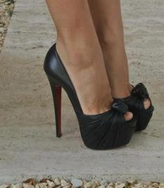 awesome pumps..got to get me a pair:)