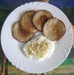 Banánové lívance bez mouky recept - TopRecepty.cz