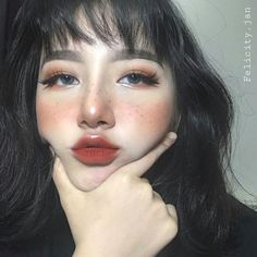 Korean makeup tutorials: Beauty is a variety of factors that most operate in harmony. Skin care goes a large role in looking beautiful. Men usually tend to overlook their skin, everyone can be helped by paying a little bit attention to their skin. Makeup Goals, Makeup Inspo, Makeup Inspiration, Beauty Makeup, Hair Makeup, Hair Beauty, Makeup Ideas, Makeup Hacks, Prom Makeup